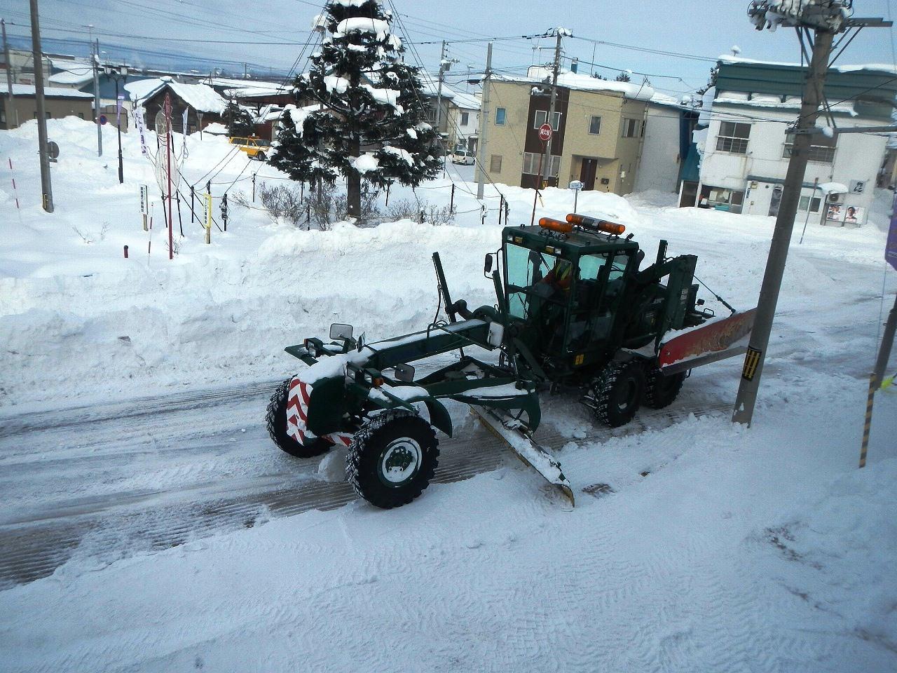 除雪グレーダー