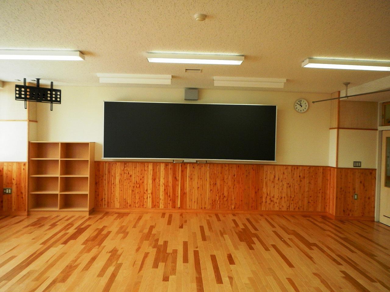 上富良野小学校