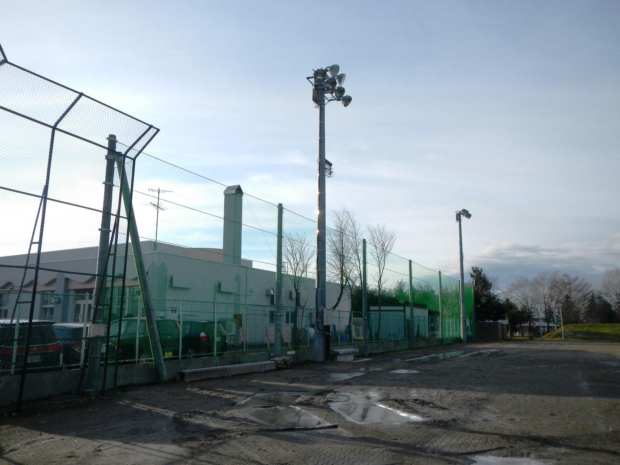 島津球場防球ネット設置工事・設置完了