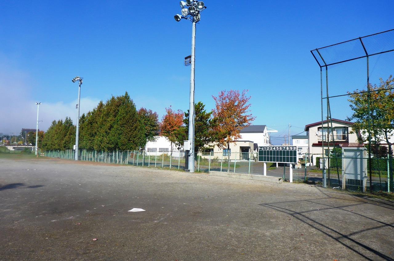 島津球場防球ネット設置工事・施工前